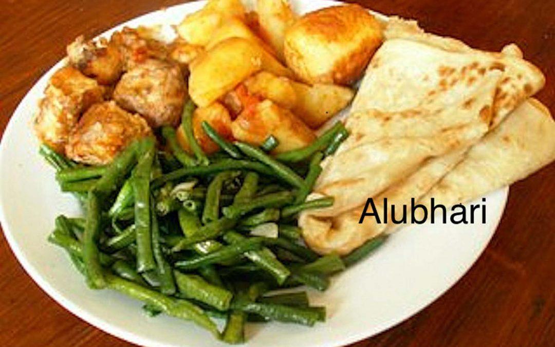 Alubhari (roti gevuld met aardappel)
