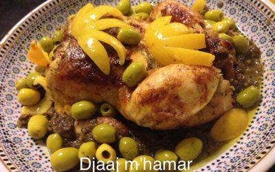 Djaaj m'hamar (gebraden kip in olijvensaus)